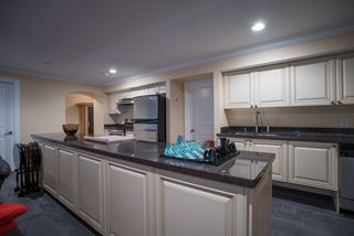 Photo 16: 320 FORESTVIEW Lane: Anmore House for sale (Port Moody)  : MLS®# R2175412