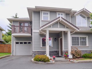 Photo 1: 123 937 Skogstad Way in VICTORIA: La Langford Proper Row/Townhouse for sale (Langford)  : MLS®# 761966