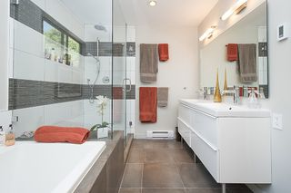 Photo 13: 4666 WICKENDEN Road in North Vancouver: Deep Cove House for sale : MLS®# R2187603