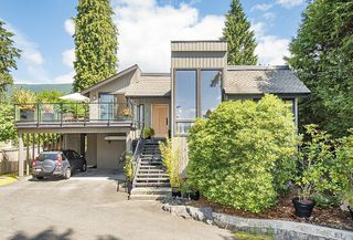 Photo 1: 4666 WICKENDEN Road in North Vancouver: Deep Cove House for sale : MLS®# R2187603