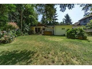 Photo 2: 2321 154 Street in Surrey: King George Corridor House for sale (South Surrey White Rock)  : MLS®# R2188586