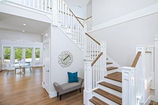Photo 17: 11317 Hummingbird Place in NORTH SAANICH: NS Lands End Single Family Detached for sale (North Saanich)  : MLS®# 382468