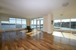 Main Photo: 507 212 WATERFRONT Drive in Bedford: 20-Bedford Residential for sale (Halifax-Dartmouth)  : MLS®# 201724541