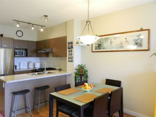 Photo 2: 406 9500 ODLIN ROAD in Richmond: West Cambie Condo for sale : MLS®# R2204738