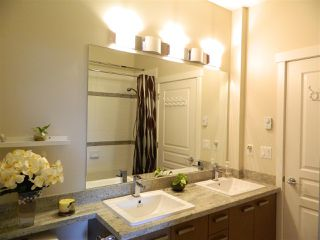 Photo 7: 406 9500 ODLIN ROAD in Richmond: West Cambie Condo for sale : MLS®# R2204738