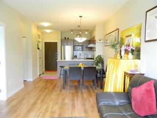 Photo 6: 406 9500 ODLIN ROAD in Richmond: West Cambie Condo for sale : MLS®# R2204738