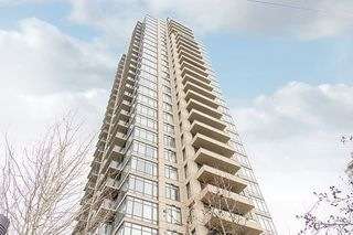 "Photo 1: 1902 2345 MADISON Avenue in Burnaby: Brentwood Park Condo for sale in ""OMA"" (Burnaby North)  : MLS®# R2237494"