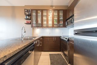 """Photo 5: 1902 2345 MADISON Avenue in Burnaby: Brentwood Park Condo for sale in """"OMA"""" (Burnaby North)  : MLS®# R2237494"""