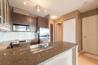 """Photo 2: 1902 2345 MADISON Avenue in Burnaby: Brentwood Park Condo for sale in """"OMA"""" (Burnaby North)  : MLS®# R2237494"""