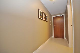 "Photo 5: 1709 7362 ELMBRIDGE Way in Richmond: Brighouse Condo for sale in ""FLO"" : MLS®# R2241420"
