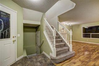 Photo 3: 3774 DOUGLAS RIDGE Link SE in Calgary: Douglasdale/Glen House for sale : MLS®# C4166740