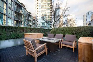 "Photo 10: 1075 EXPO Boulevard in Vancouver: Yaletown Townhouse for sale in ""MARINA POINTE"" (Vancouver West)  : MLS®# R2253361"