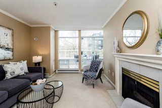 """Photo 12: 409 2288 W 12TH Avenue in Vancouver: Kitsilano Condo for sale in """"CONNAUGHT POINT"""" (Vancouver West)  : MLS®# R2256877"""