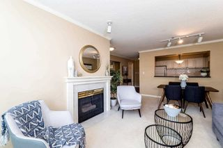"""Photo 4: 409 2288 W 12TH Avenue in Vancouver: Kitsilano Condo for sale in """"CONNAUGHT POINT"""" (Vancouver West)  : MLS®# R2256877"""