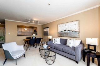 """Photo 3: 409 2288 W 12TH Avenue in Vancouver: Kitsilano Condo for sale in """"CONNAUGHT POINT"""" (Vancouver West)  : MLS®# R2256877"""