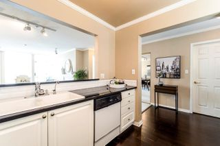 """Photo 6: 409 2288 W 12TH Avenue in Vancouver: Kitsilano Condo for sale in """"CONNAUGHT POINT"""" (Vancouver West)  : MLS®# R2256877"""