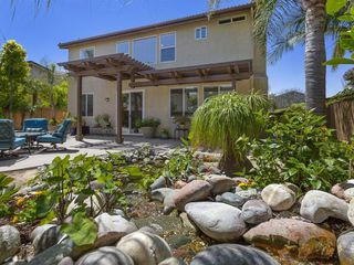Photo 3: CHULA VISTA House for sale : 3 bedrooms : 1217 Wolfs Hill Rd