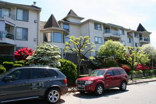 "Photo 3: 308 7554 BRISKHAM Street in Mission: Mission BC Condo for sale in ""Briskham Manor"" : MLS®# R2268194"