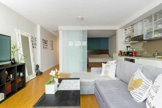 Photo 5: 216 168 POWELL Street in Vancouver: Downtown VE Condo for sale (Vancouver East)  : MLS®# R2270800