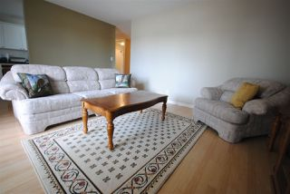 Photo 2: 201 10511 19 Avenue NW in Edmonton: Zone 16 Condo for sale : MLS®# E4119686