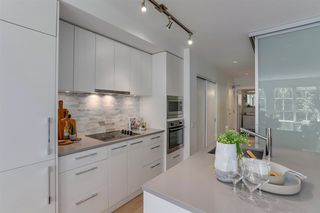 "Photo 5: 308 2468 BAYSWATER Street in Vancouver: Kitsilano Condo for sale in ""BAYSWATER"" (Vancouver West)  : MLS®# R2288941"