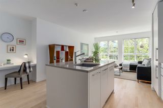 "Photo 7: 308 2468 BAYSWATER Street in Vancouver: Kitsilano Condo for sale in ""BAYSWATER"" (Vancouver West)  : MLS®# R2288941"