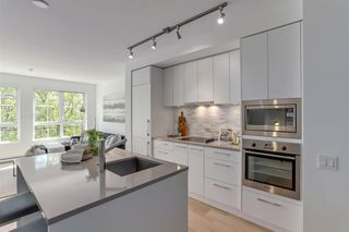 "Photo 6: 308 2468 BAYSWATER Street in Vancouver: Kitsilano Condo for sale in ""BAYSWATER"" (Vancouver West)  : MLS®# R2288941"