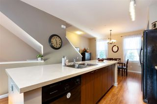 Photo 6: 17 19572 FRASER Way in Pitt Meadows: South Meadows Townhouse for sale : MLS®# R2298909