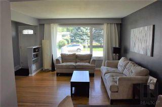 Photo 2: 98 De Bourmont Bay in Winnipeg: Windsor Park Residential for sale (2G)  : MLS®# 1825984