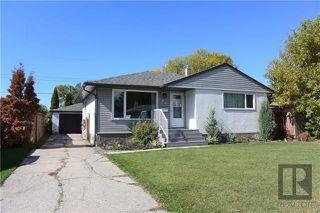Photo 1: 98 De Bourmont Bay in Winnipeg: Windsor Park Residential for sale (2G)  : MLS®# 1825984