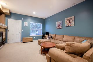 "Photo 3: 35 1055 RIVERWOOD Gate in Port Coquitlam: Riverwood Townhouse for sale in ""MOUNTAIN VIEW ESTATES"" : MLS®# R2311419"
