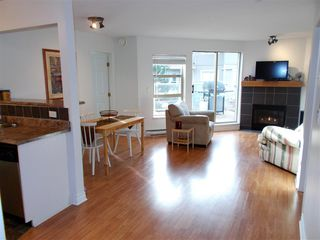 "Photo 1: 307 22277 122 Avenue in Maple Ridge: West Central Condo for sale in ""Maple Ridge West Central"" : MLS®# R2322485"