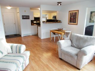 "Photo 2: 307 22277 122 Avenue in Maple Ridge: West Central Condo for sale in ""Maple Ridge West Central"" : MLS®# R2322485"
