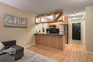 """Main Photo: 1401 1001 RICHARDS Street in Vancouver: Downtown VW Condo for sale in """"MIRO"""" (Vancouver West)  : MLS®# R2340737"""
