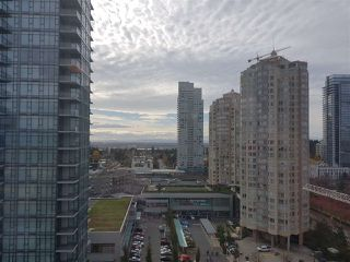 Photo 5: 1806 4670 ASSEMBLY Way in Burnaby: Metrotown Condo for sale (Burnaby South)  : MLS®# R2342645