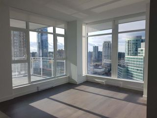 Photo 3: 1806 4670 ASSEMBLY Way in Burnaby: Metrotown Condo for sale (Burnaby South)  : MLS®# R2342645