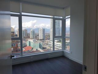 Photo 8: 1806 4670 ASSEMBLY Way in Burnaby: Metrotown Condo for sale (Burnaby South)  : MLS®# R2342645