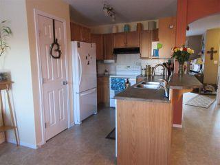 Photo 8: 15635 45 Street in Edmonton: Zone 03 House for sale : MLS®# E4147541