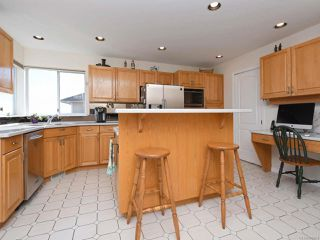 Photo 10: 557 Marine View in COBBLE HILL: ML Cobble Hill House for sale (Malahat & Area)  : MLS®# 809464