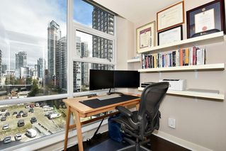 "Photo 15: 1005 638 BEACH Crescent in Vancouver: Yaletown Condo for sale in ""ICON"" (Vancouver West)  : MLS®# R2357913"