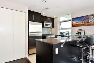 "Photo 8: 1005 638 BEACH Crescent in Vancouver: Yaletown Condo for sale in ""ICON"" (Vancouver West)  : MLS®# R2357913"