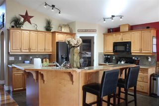 Photo 3: 126 MEADOW Crescent: Rural Sturgeon County House for sale : MLS®# E4151885