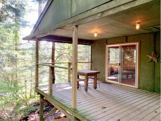 Photo 2: 303 GORDON Road: Keats Island House for sale (Sunshine Coast)  : MLS®# R2359616
