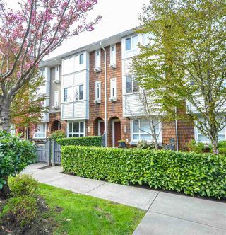 "Main Photo: 86 2418 AVON Place in Port Coquitlam: Riverwood Townhouse for sale in ""LINKS"" : MLS®# R2360300"