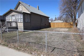 Photo 1: 759 Dufferin Avenue in Winnipeg: Residential for sale (4A)  : MLS®# 1909414