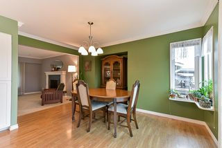 Photo 5: 5025 WOODSWORTH Street in Burnaby: Greentree Village House for sale (Burnaby South)  : MLS®# R2361633