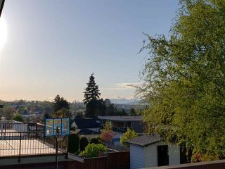 Photo 20: 5025 WOODSWORTH Street in Burnaby: Greentree Village House for sale (Burnaby South)  : MLS®# R2361633
