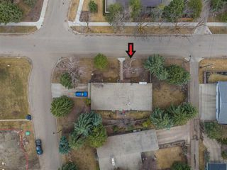 Photo 7: 1 RIVERSIDE Crescent in Edmonton: Zone 10 House for sale : MLS®# E4153482