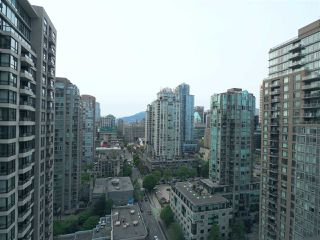 """Photo 11: 2608 909 MAINLAND Street in Vancouver: Yaletown Condo for sale in """"Yaletown Park 2"""" (Vancouver West)  : MLS®# R2365237"""