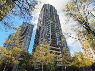 "Main Photo: 2608 909 MAINLAND Street in Vancouver: Yaletown Condo for sale in ""Yaletown Park 2"" (Vancouver West)  : MLS®# R2365237"